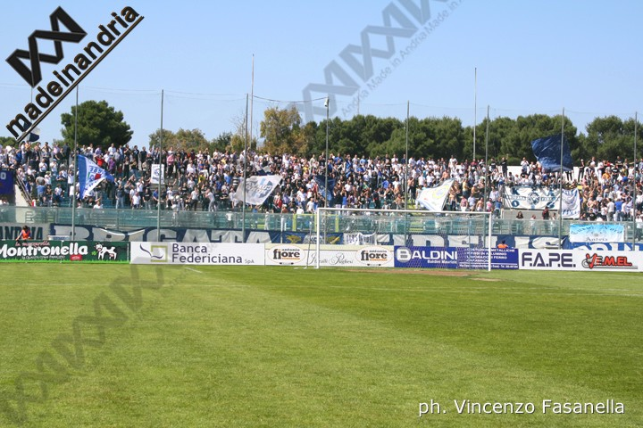 Andria-Cavese 1-0