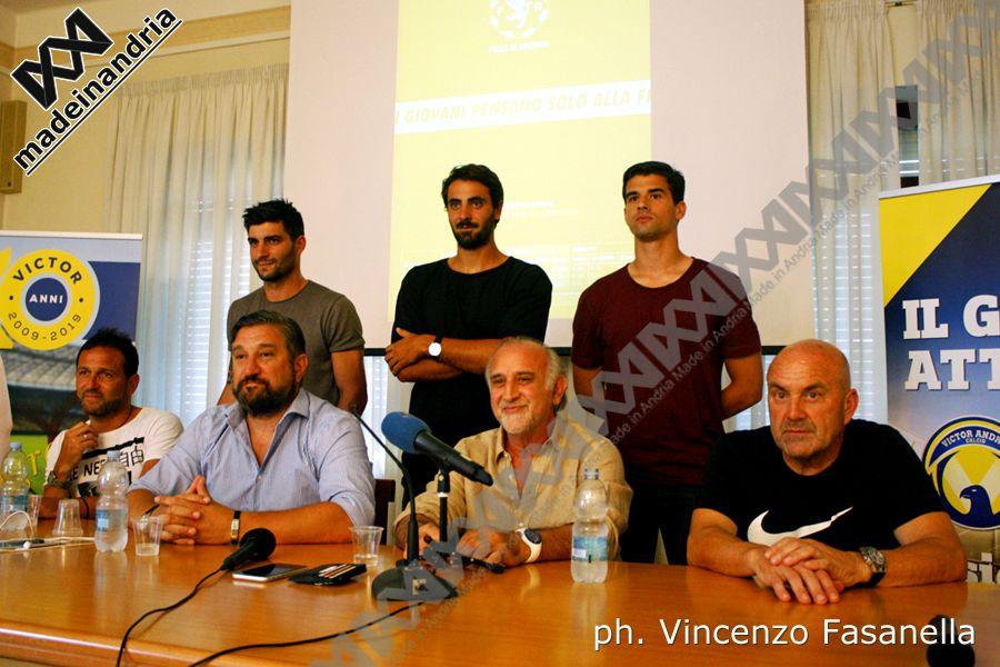 Fidelis Andria, presentazione mister Giancarlo Favarin e i nuovi acquisti Palazzo, Montemurro, Aprile
