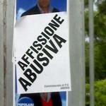Andria città dei manifesti elettorali abusivi